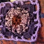 Square with a puffy flower in the middle